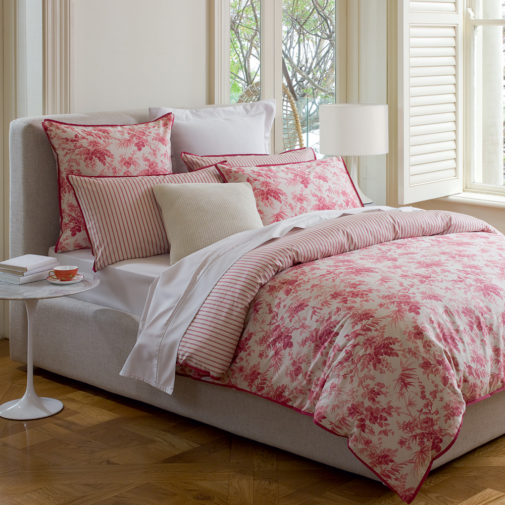 pink bed linen, linen size for a double bed, marimekko bed linen, southwest print bed linen
