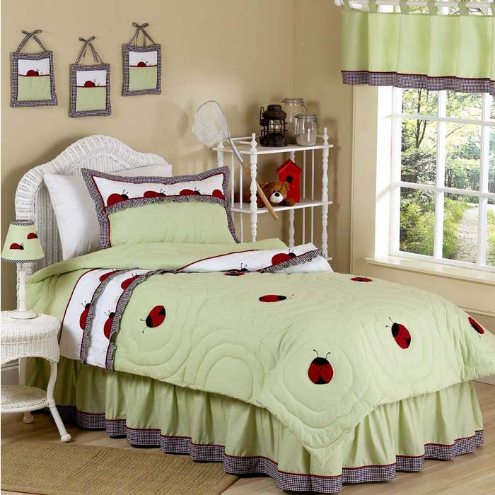 comforters, asian comforters, palm tree comforters, hello kitty comforters