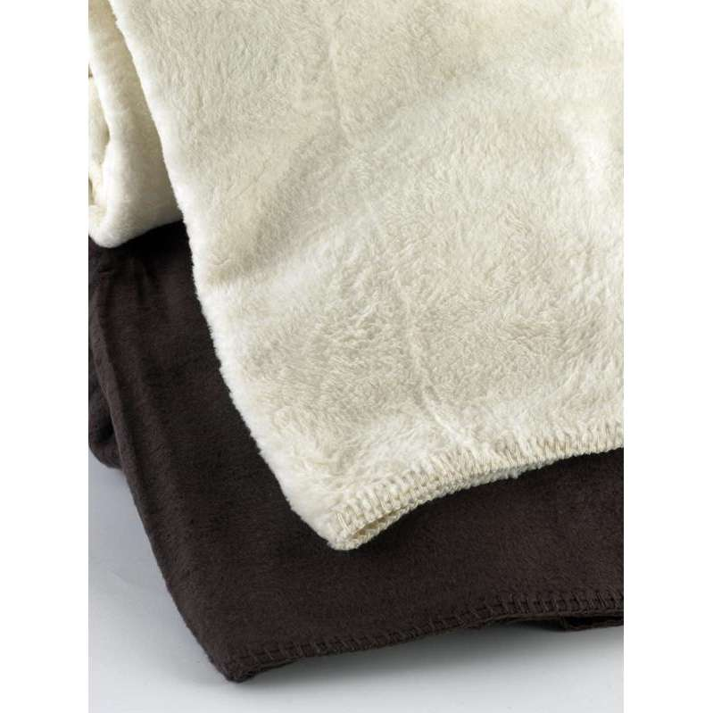 woolrich lakewood blankets, heated blankets, snuggle blanket, custom saddle blanket