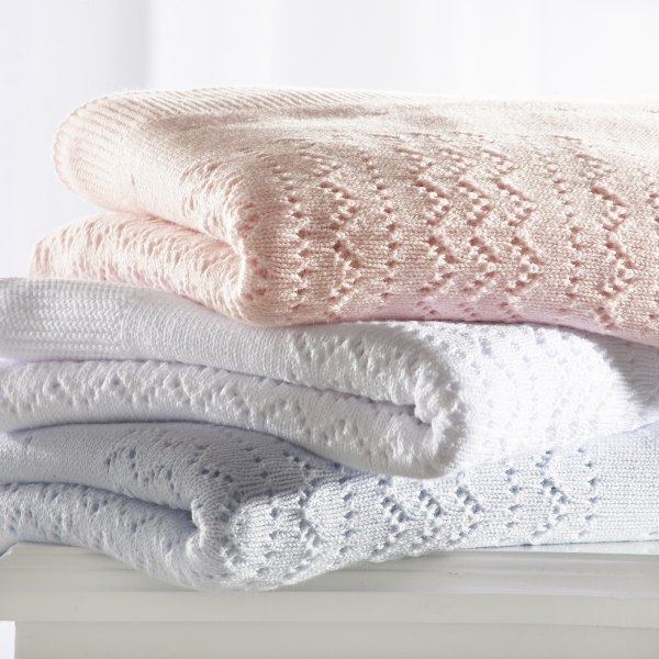Free crochet patterns for baby blankets - DecorLinen.com.