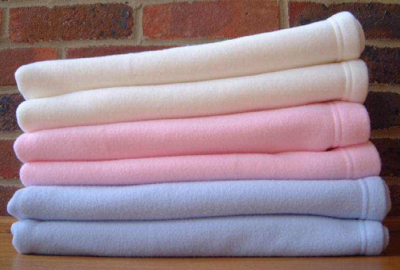 wool blankets, horses blankets, blanket stitch edging, sunbeam electric blankets