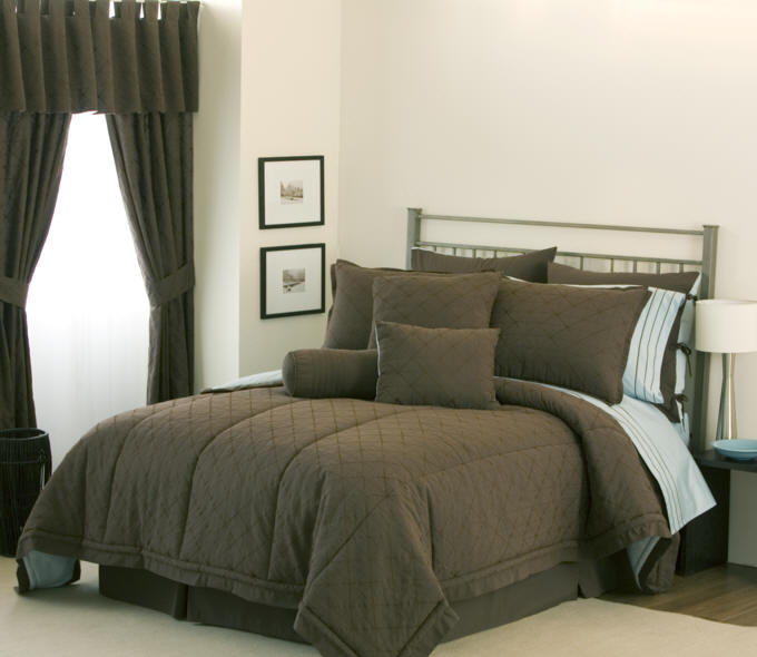 full size comforters, orange comforters, king size comforters, down alternative comforters
