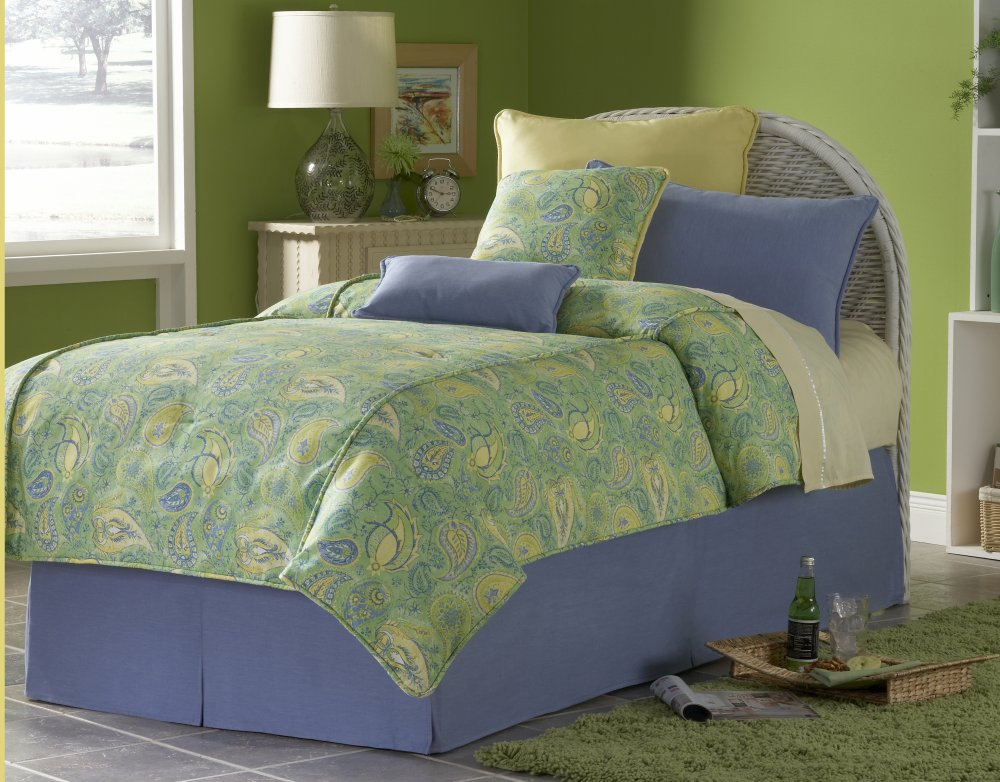 discount bedspreads, carpets, bedspreads, decorative pillows