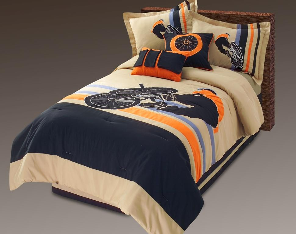bed comforters set, mickey mouse comforters, disney comforters, bedding comforters