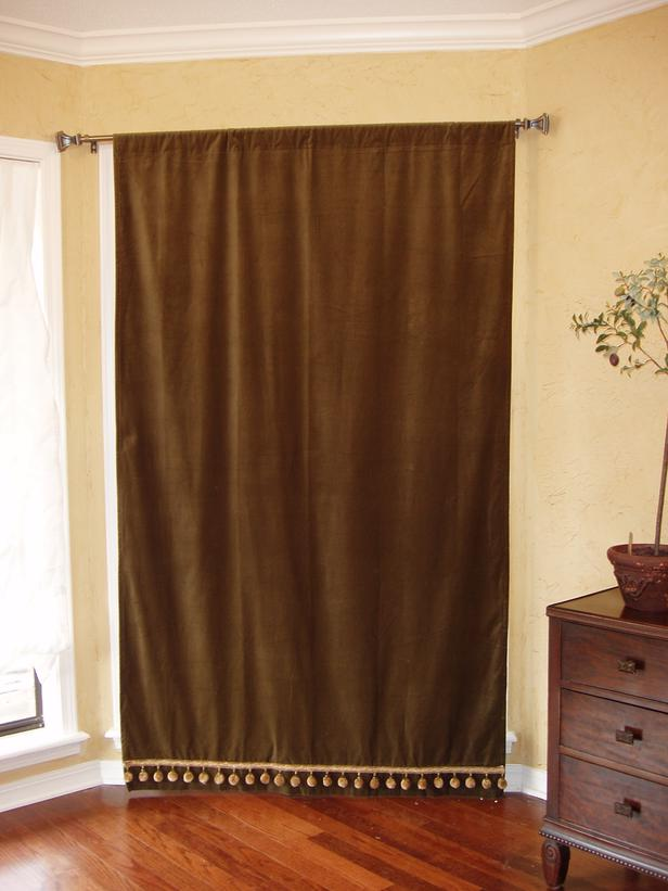 patio drapes, plaid drapes, pottery barn drapes, bay window drapes