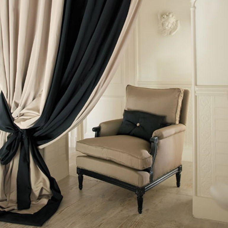 canopy bed drapes, roses drapes, contemporary drapes, how to make drapes