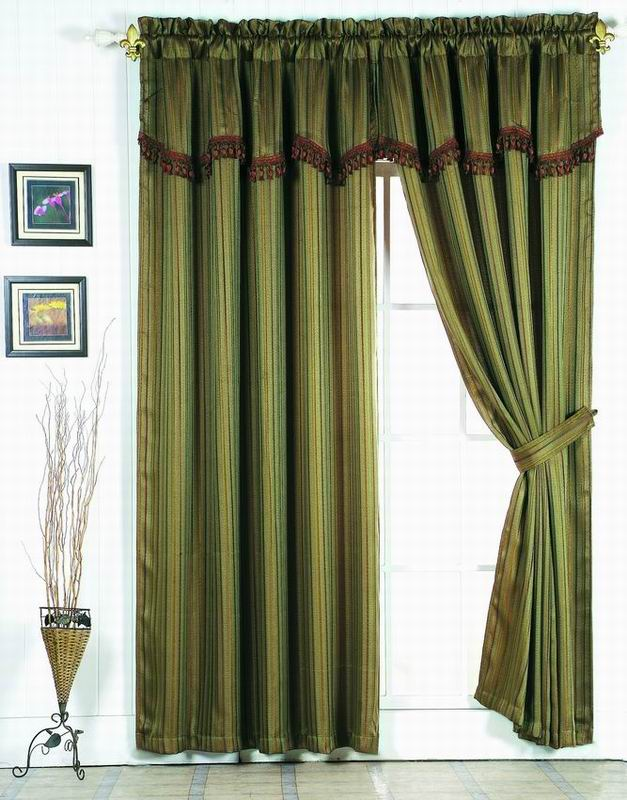 black toile drapes, how to hang drapes, silver drapes, drapes window treatments