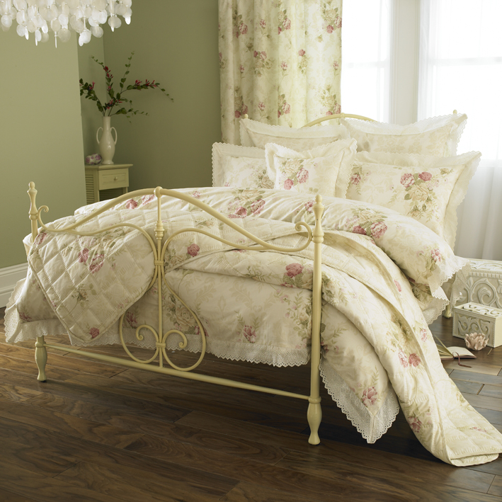 comforters for queen bed, daybed comforters set, butterfly comforters, daybed comforters set