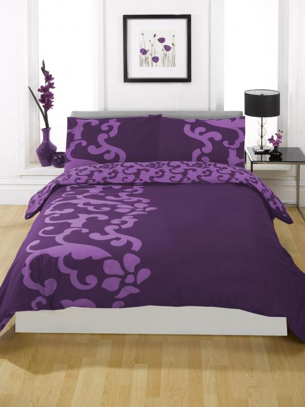 horse bedding, princess bedding, skull bedding, winter holiday bedding