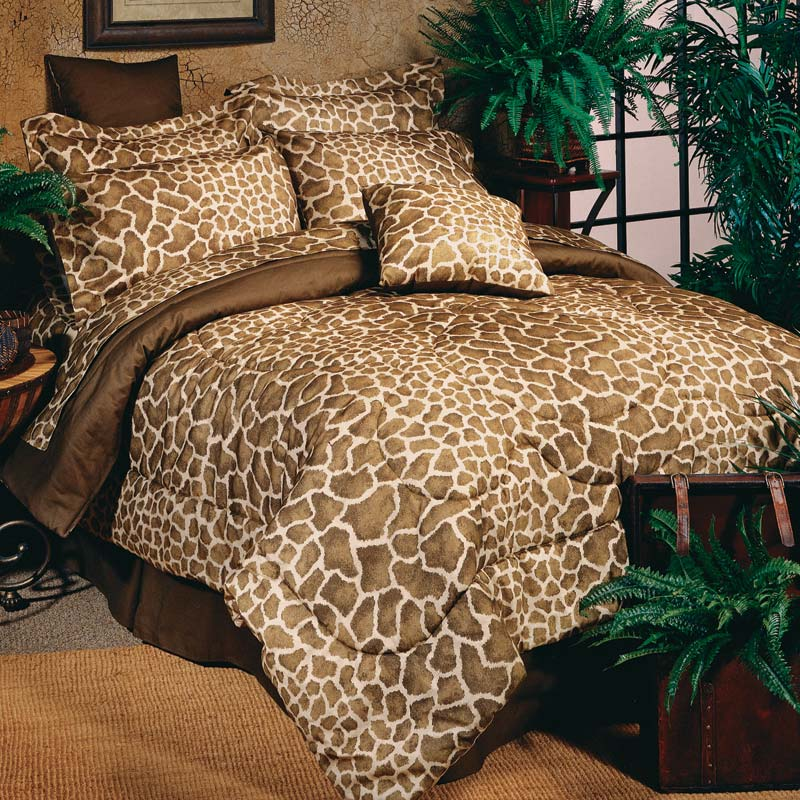 bedlinen, comforters, decorative pillows, modern area rug