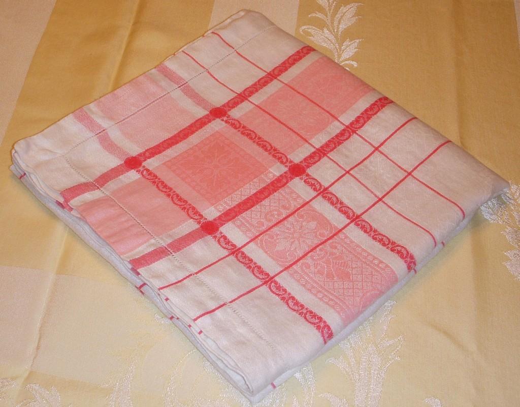 elegant wedding table table linen, white linen party attire, white linen breeze, elegant wedding table table linen