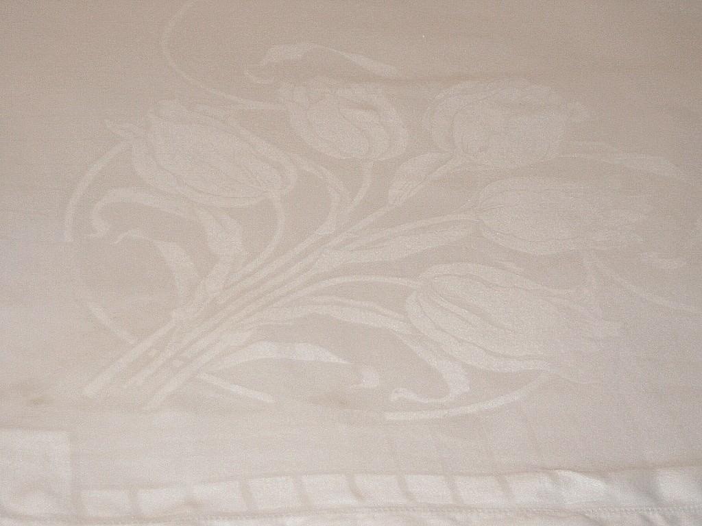 closeout linen table cloths, amish linen daylily, black linen, antique linen damask tablecloth