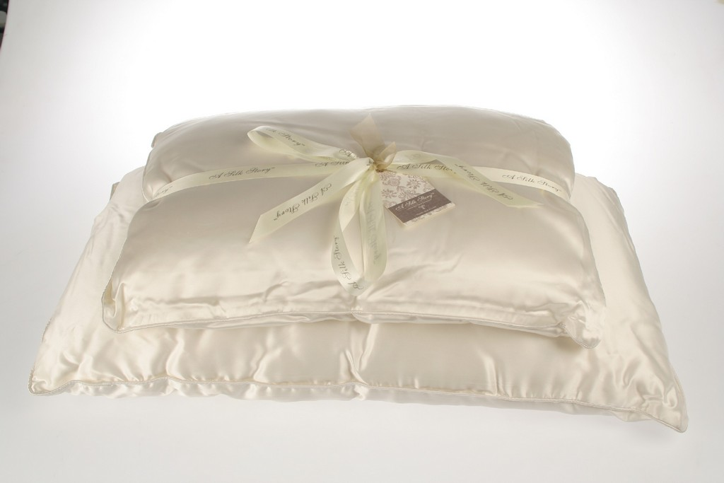 gusseted pillows, pillow cases, leather pillows, christmas pillows