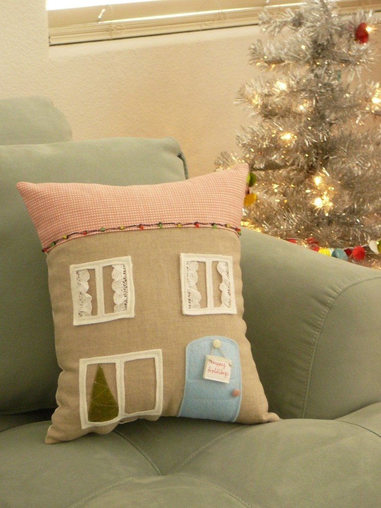 christmas pillows, twilight pillows, decorative pillows, latex pillows