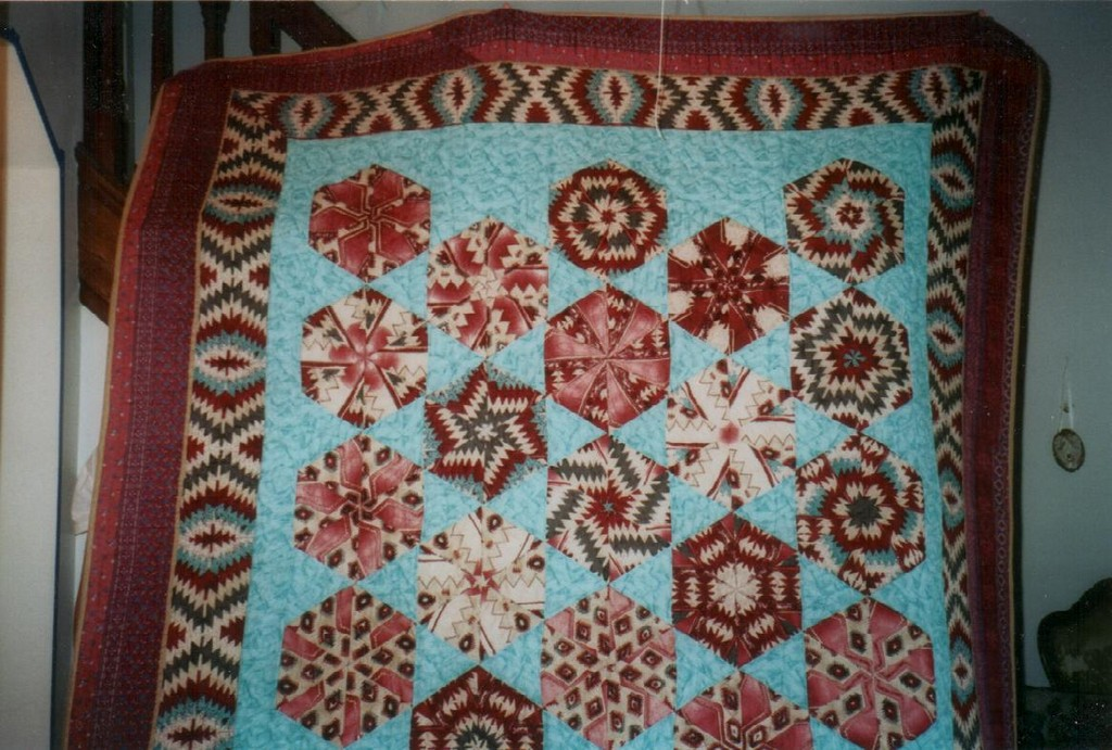 hand made quilts, country quilts, necktie quilts, scrap quilts