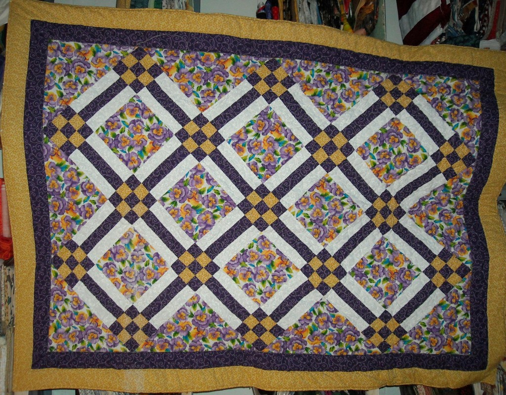 rag quilts, moda quilt kit, easy free pattern quilt, tshirt quilts