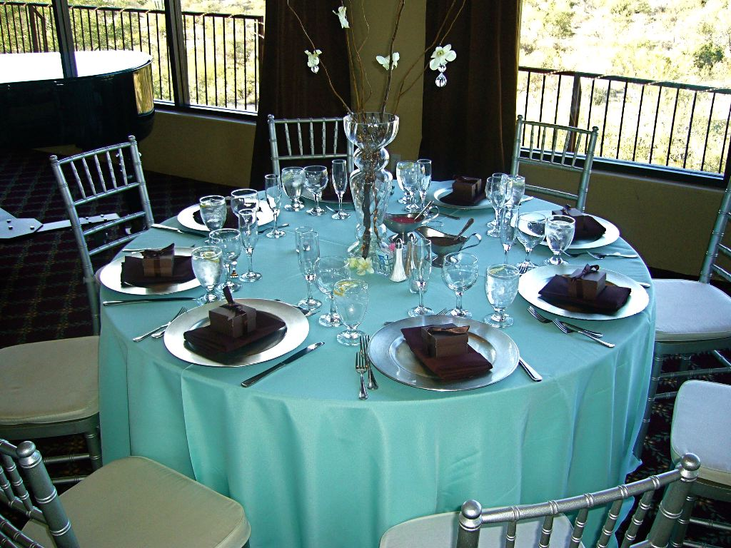 wide vinyl fabric for tablecloths, fitted tablecloths, table linens for less, wholesale table linens