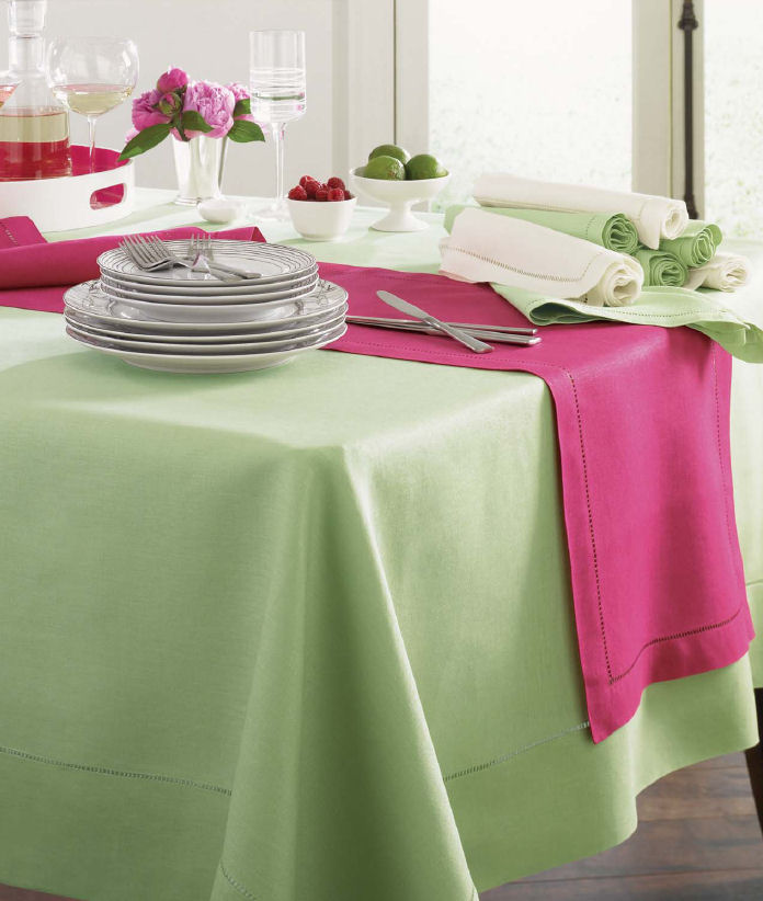 crochet table linens, designer table linens, wedding tablecloths, tablecloths round