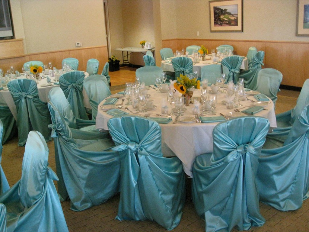 paper tablecloths, table linens for less, wedding reception table linens, fitted tablecloths