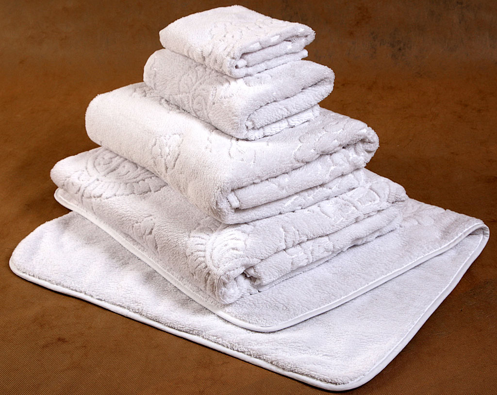 pink towels, wholesale towels, wash towels, bath towels review