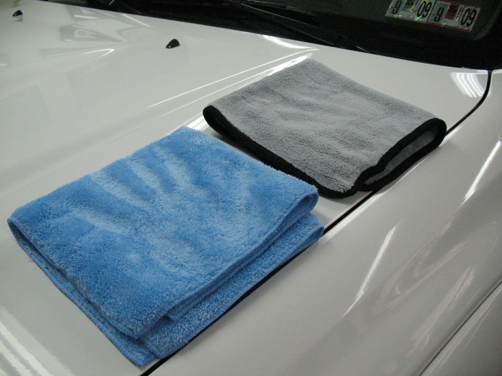 oversized bath towels, men in towels, multifold towels, bounty paper towels