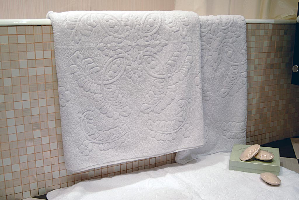 cheap bath towels, golf towels, hooded towels, christmas towels