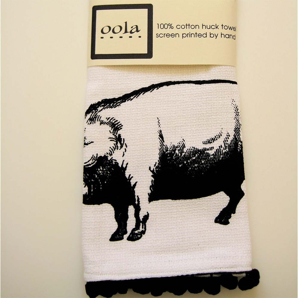 wholesale bath towels, discount towels, black and white cows kitchen towels, cannon towels