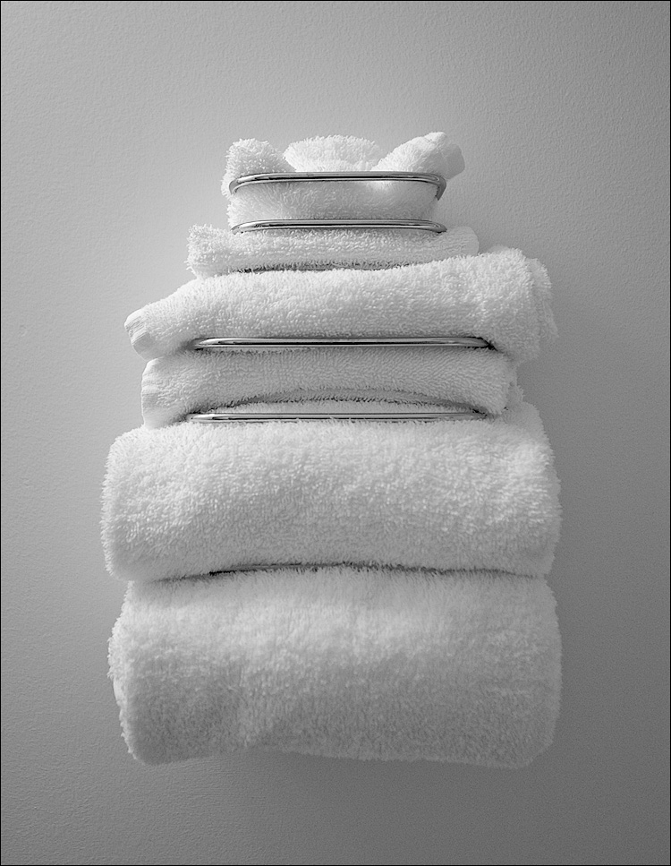 guest towels, pink towels, home made paper towels holders, home made paper towels holders